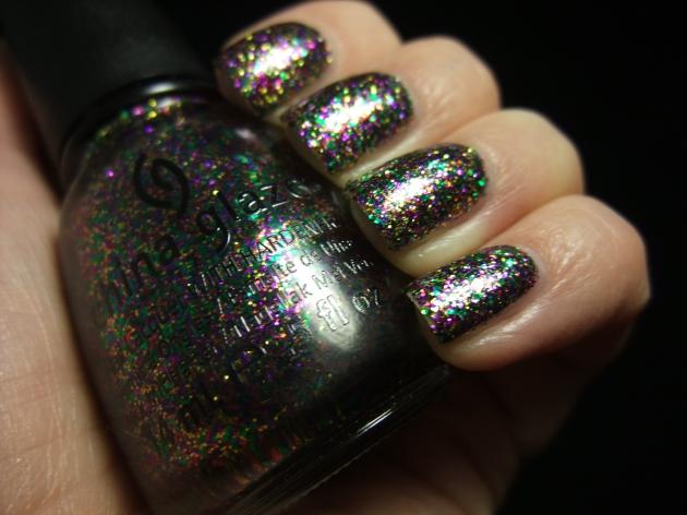 China Glaze - Glitter All The Way 04