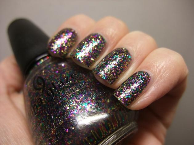 China Glaze - Glitter All The Way 06