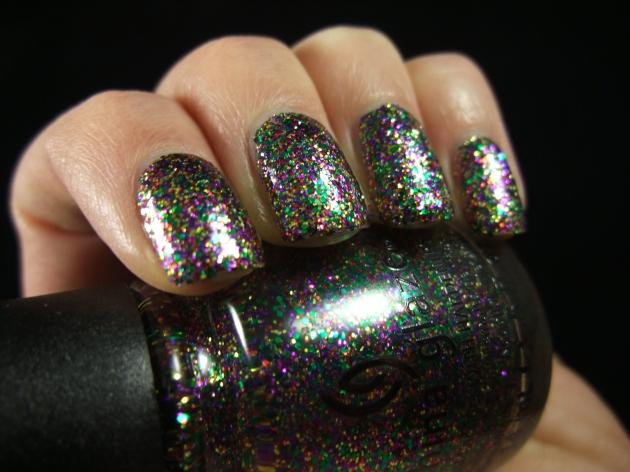 China Glaze - Glitter All The Way 10