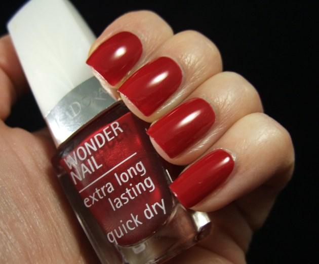 IsaDora - Winter Red 02