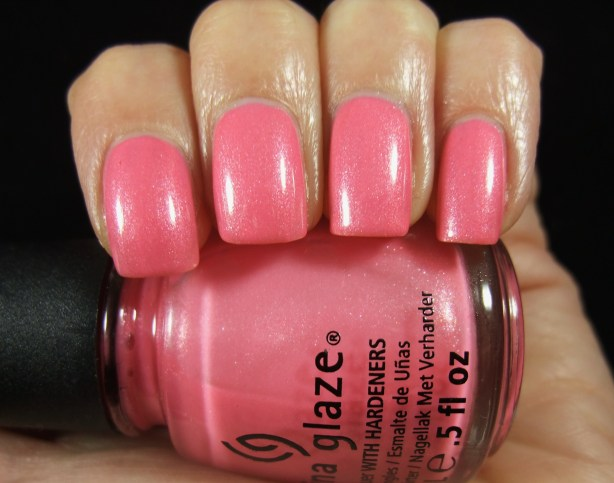 China Glaze - Naked 02