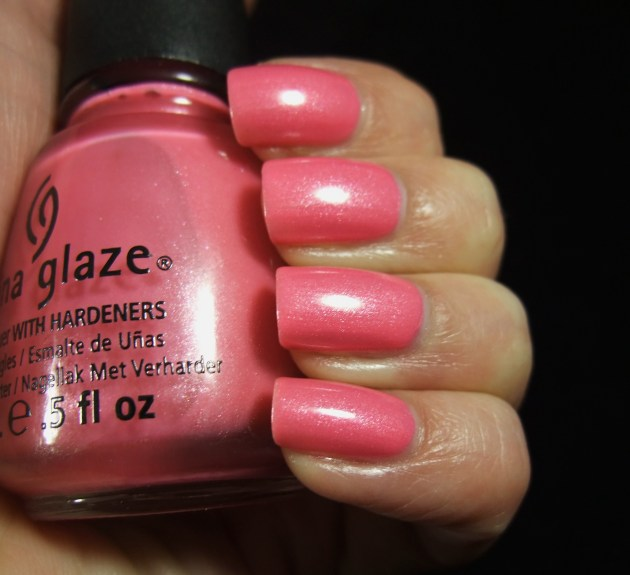 China Glaze - Naked 03