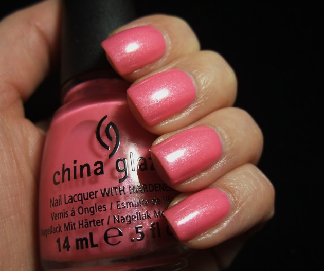 China Glaze - Naked 05