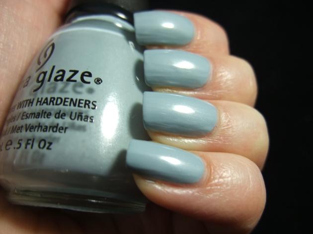 China Glaze - Sea Spray 02