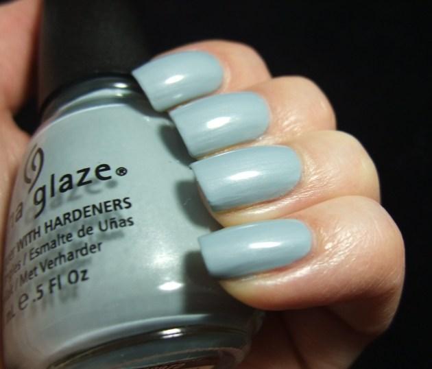 China Glaze - Sea Spray 04