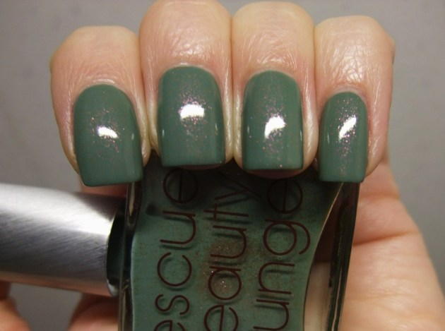 Rescue Beauty Lounge - Halcyon 11