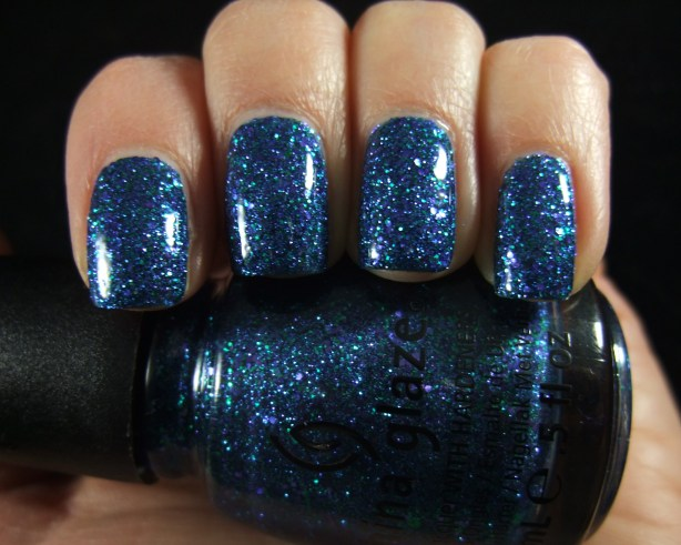 China Glaze - Water You Waiting For 05