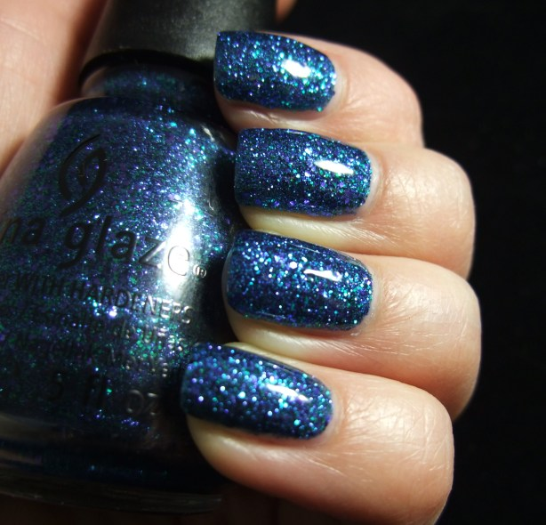 China Glaze - Water You Waiting For 06