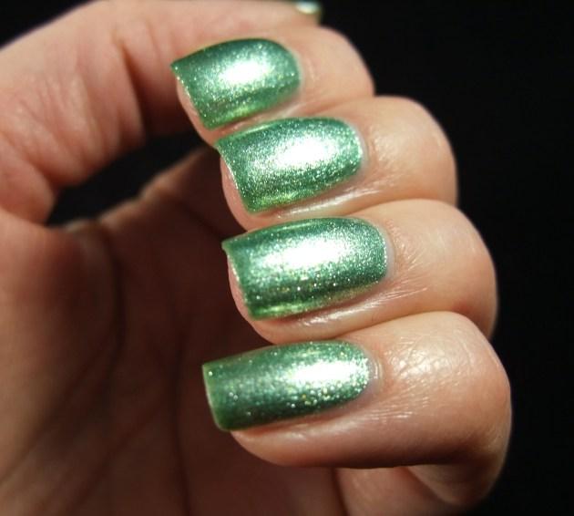 Depend - 2054 Glistening Green 05