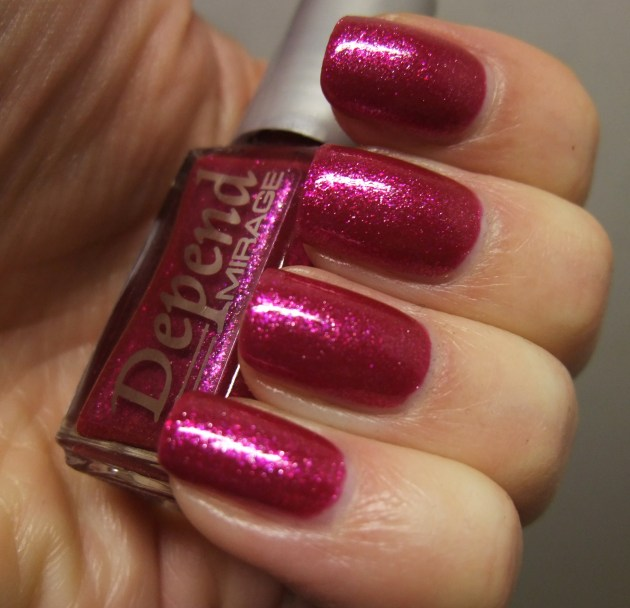 Depend - 2057 Beaming Berry 08