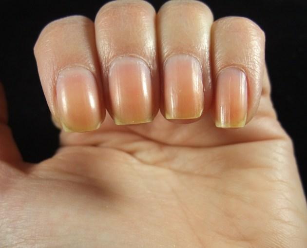 Naked Nails 01