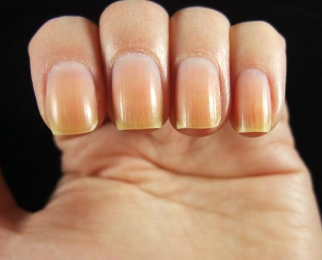 Naked Nails 02