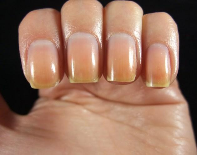 Naked Nails 03