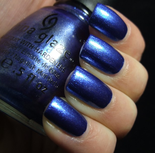 China Glaze - Blue Bells Ring 02