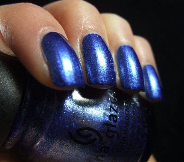 China Glaze - Blue Bells Ring 03