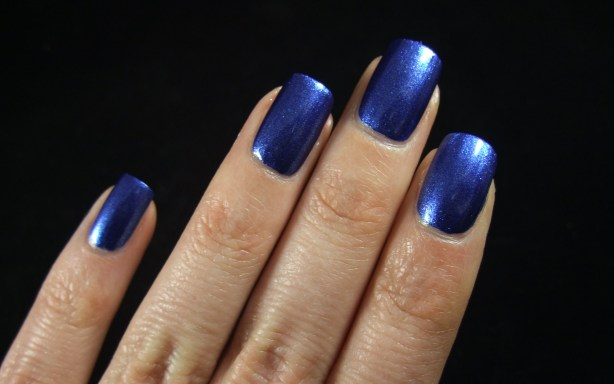 China Glaze - Blue Bells Ring 04