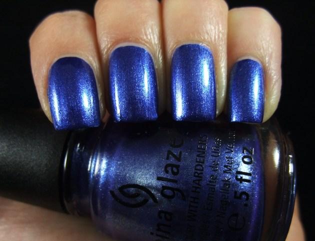 China Glaze - Blue Bells Ring 06