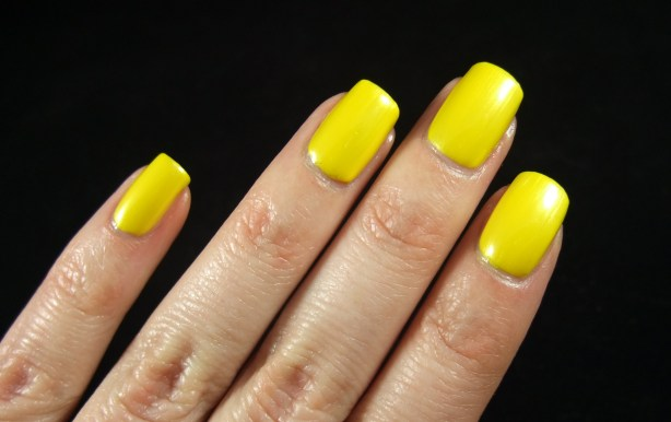 China Glaze - Sunshine Pop 04