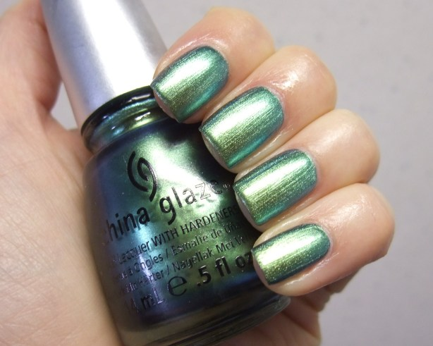 China Glaze - Unpredictable 07
