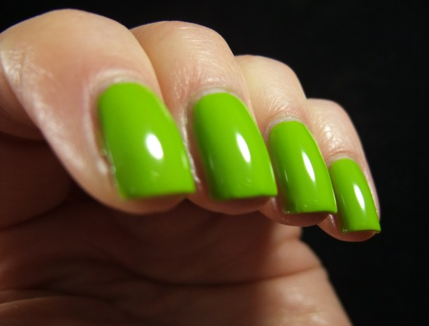 China Glaze - Def Defying 04