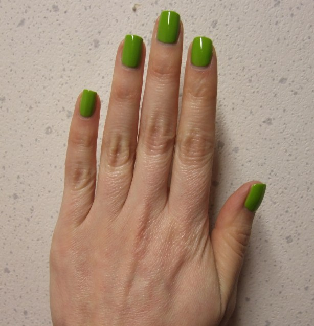 China Glaze - Def Defying 08