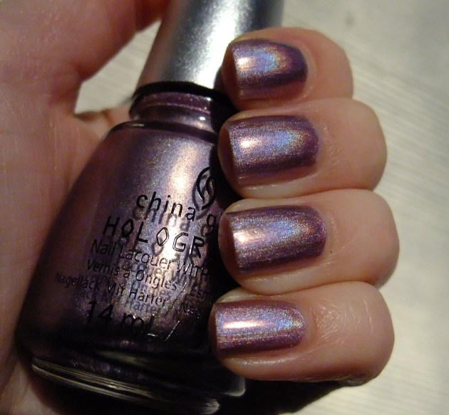 China Glaze - Get Outta My Space 02