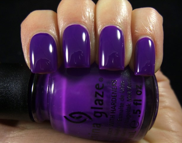 China Glaze - Creative Fantasy 06