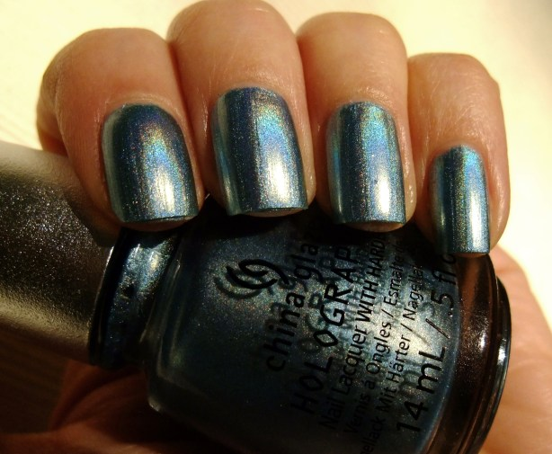 China Glaze - Sci-Fly By 06