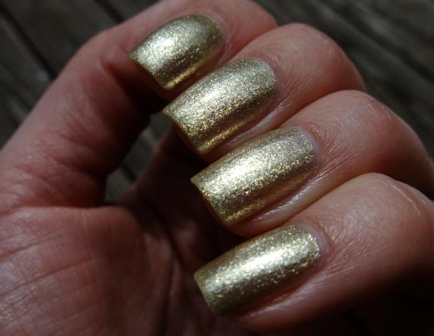 Depend - 2053 Treasury Gold 03