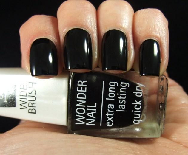 IsaDora - Gothic Black 03