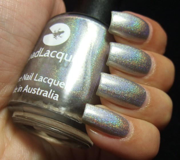 LilypadLacquer - As Good As Gold 04