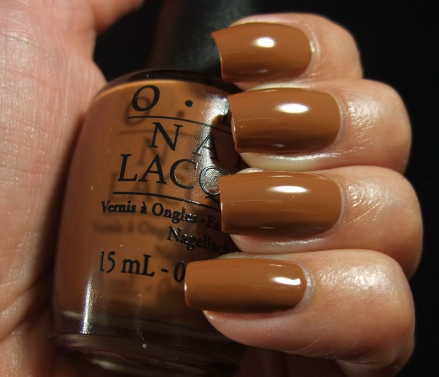 OPI - A-Pers To Be Tan 05
