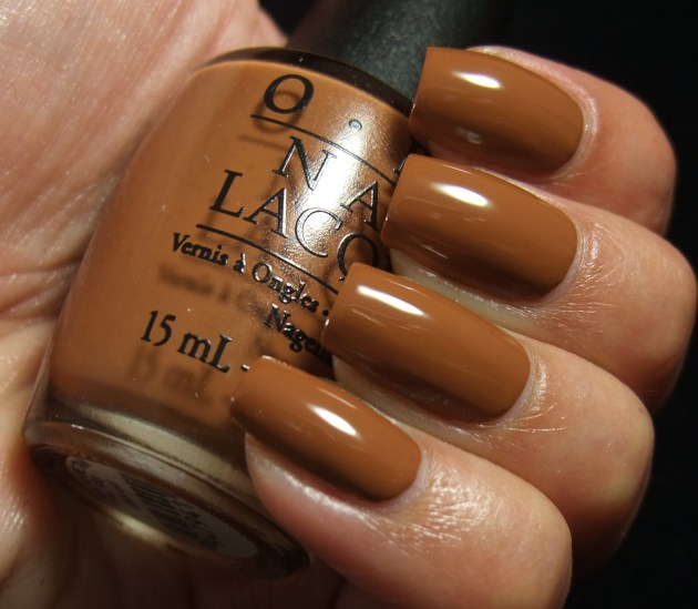 OPI - A-Pers To Be Tan 07