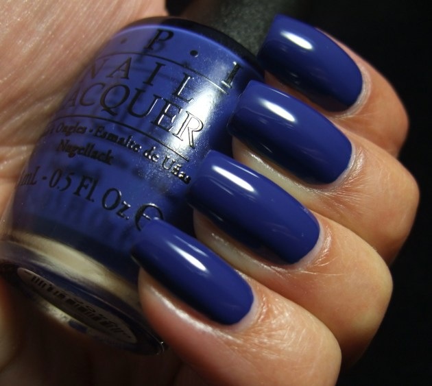 OPI - Keeping Suzi At Bay 04