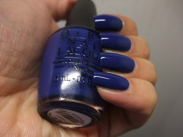 OPI - Keeping Suzi At Bay 07