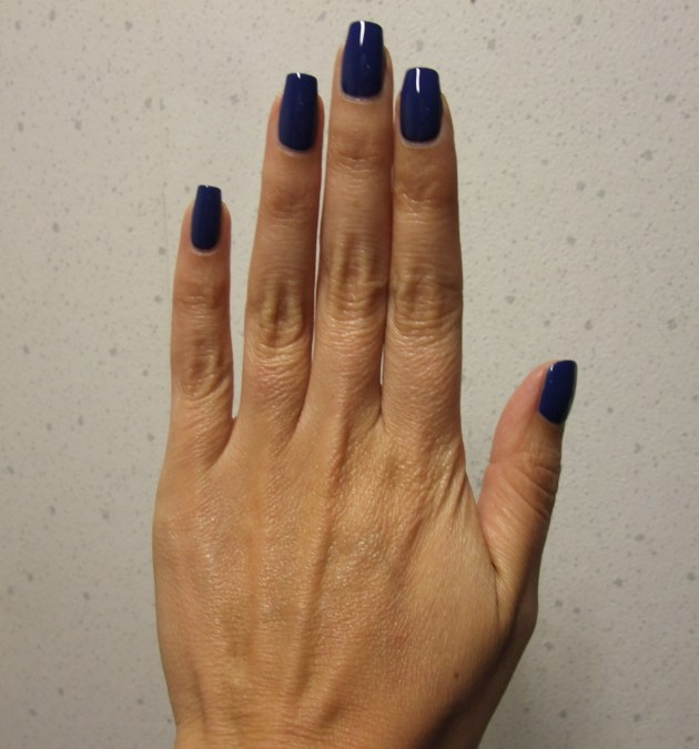 OPI - Keeping Suzi At Bay 08