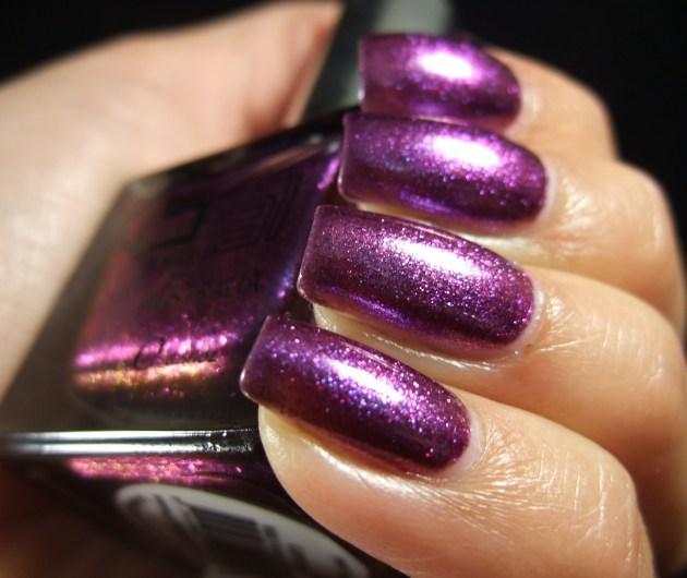Glitter Gal - Wild Violets Brilliant 01