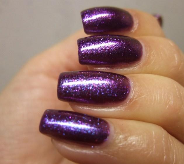 Glitter Gal - Wild Violets Brilliant 09