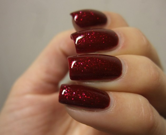 OPI - Underneath The Mistletoe 11