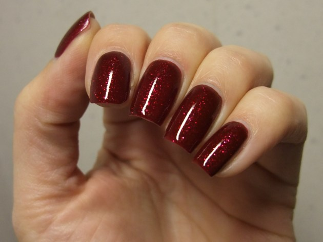 OPI - Underneath The Mistletoe 13