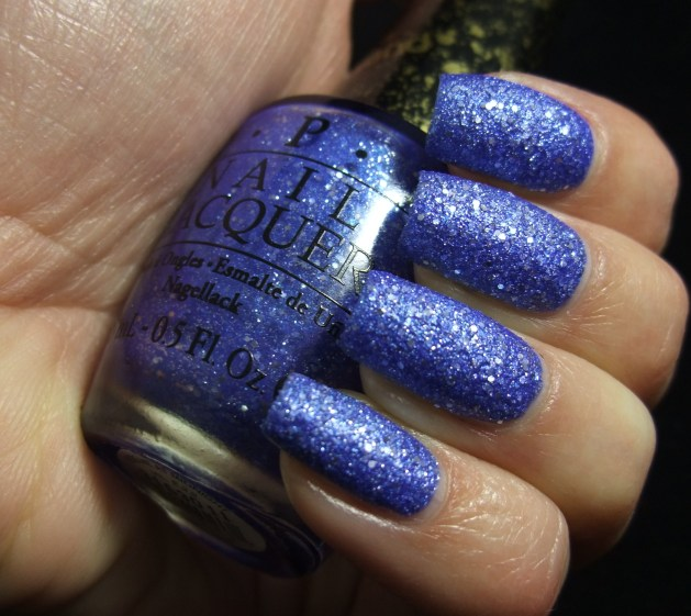 OPI - Kiss Me At Midnight 06