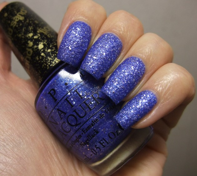 OPI - Kiss Me At Midnight 11