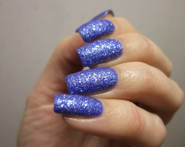 OPI - Kiss Me At Midnight 15