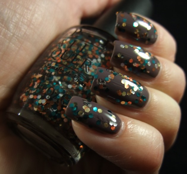 OPI - The Living Daylights 03