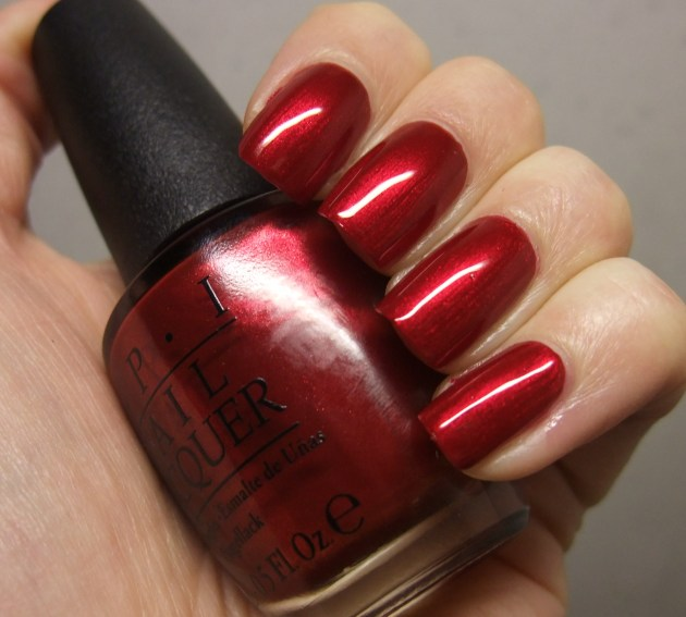 OPI - In My Santa Suit 03