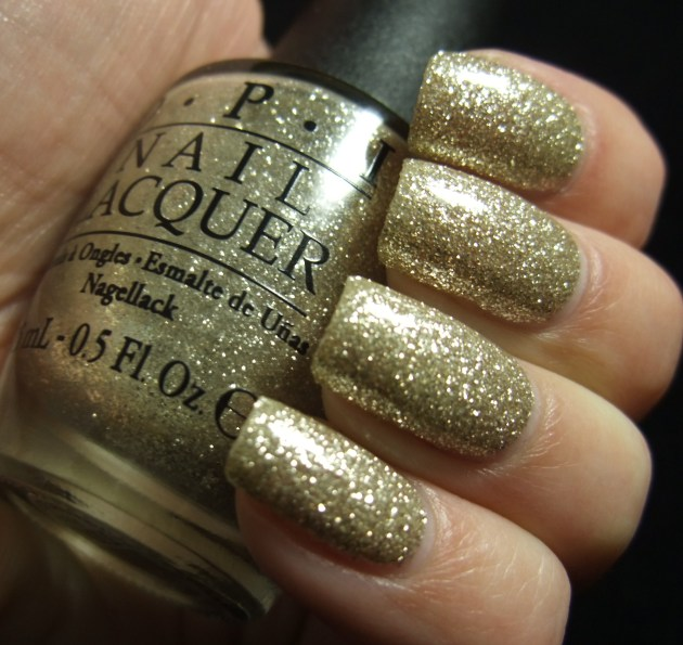 OPI - My Favorite Ornament 04