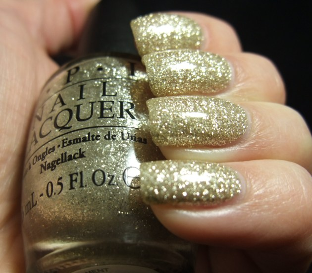 OPI - My Favorite Ornament 05