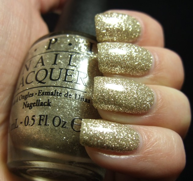 OPI - My Favorite Ornament 06