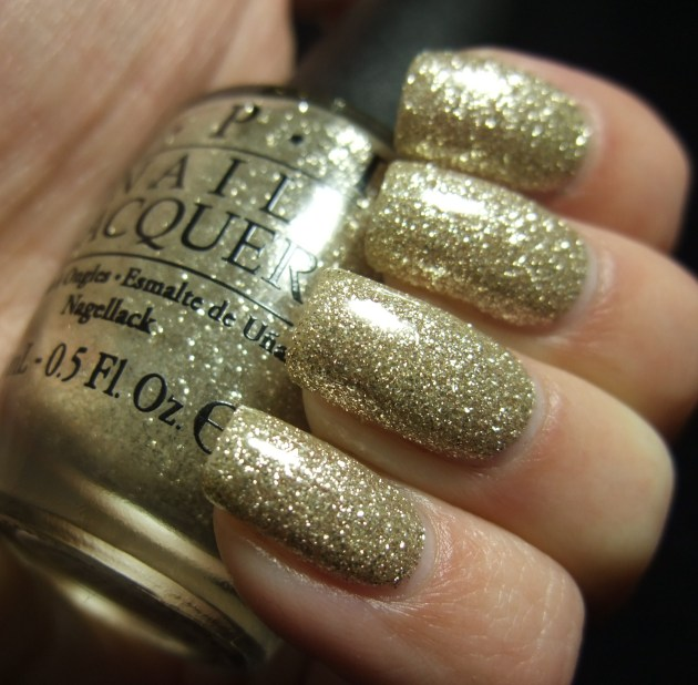 OPI - My Favorite Ornament 07