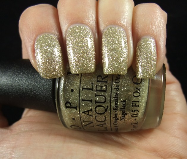 OPI - My Favorite Ornament 08